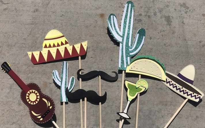 view 2 of completed cinco de mayo props download project